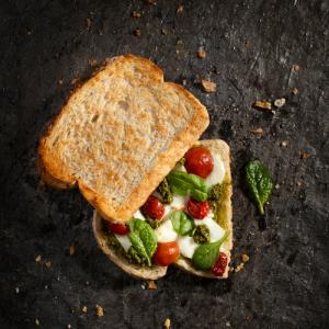 Hushti veggie/mozzarella/spinazie