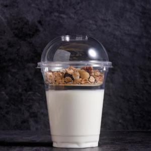 Yoghurt met noten